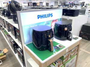 Cooking Appliances Philips-Pressure-Cooker-Appliances-Permanent-End-Cap-Display-designed-by-POS-Agency-Genesis-Retail-Displays photo